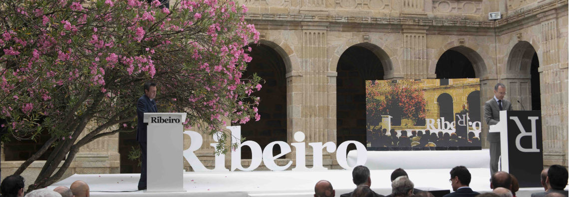 escenario premios Ribeiro