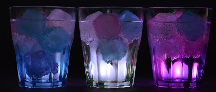 glasses-ice-cubes-illuminated-drink-162480