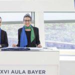 azafatas y personal auxiliar en un evento en Galicia, congreso médico